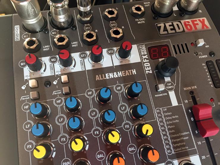 Обзор Микшерный пульт Allen&Heath ZED60 10FX Музыкальное оборудование Музыкальный магазин unboxing - YouTube