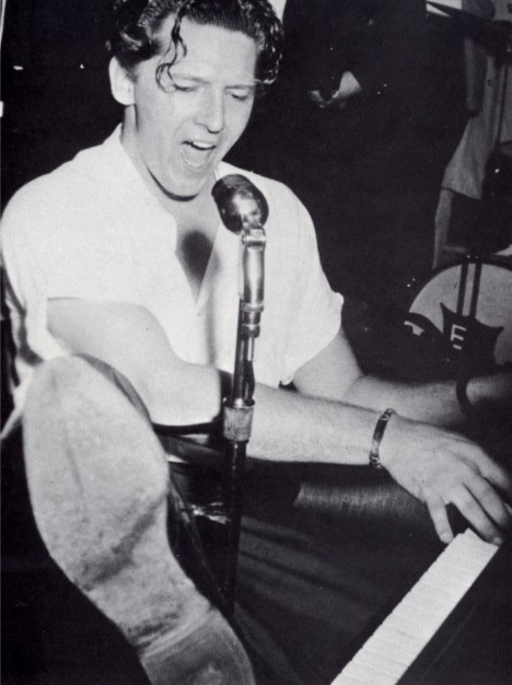 Biography - Jerry Lee Lewis