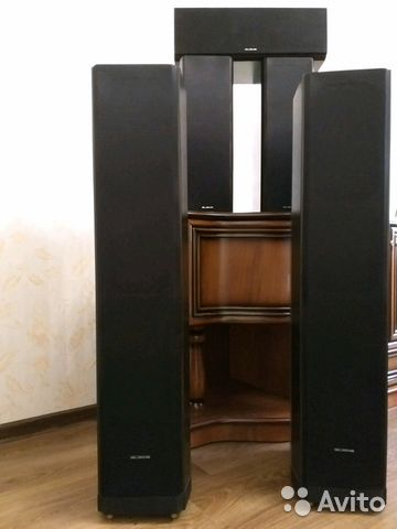 Прослушивание напольной акустики KEF R100 & Aleks Audio Gold творческая встреча - YouTube