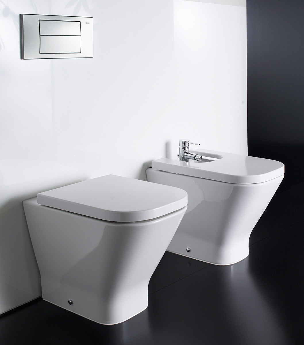 Roca The Gap ECO Close Coupled WC Pan With Cistern 650mm   342477000