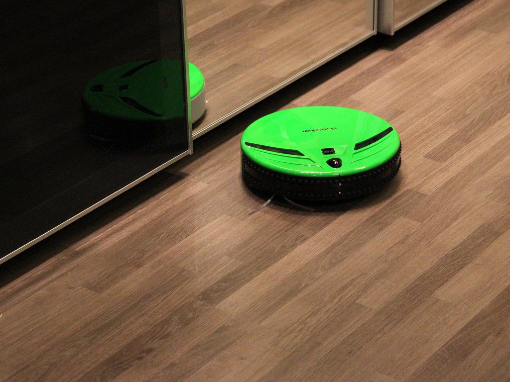 Обзор робота-пылесоса Clever&Clean Aqua-Series 03