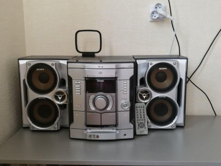 Sony MHC-GNV111D Характеристики