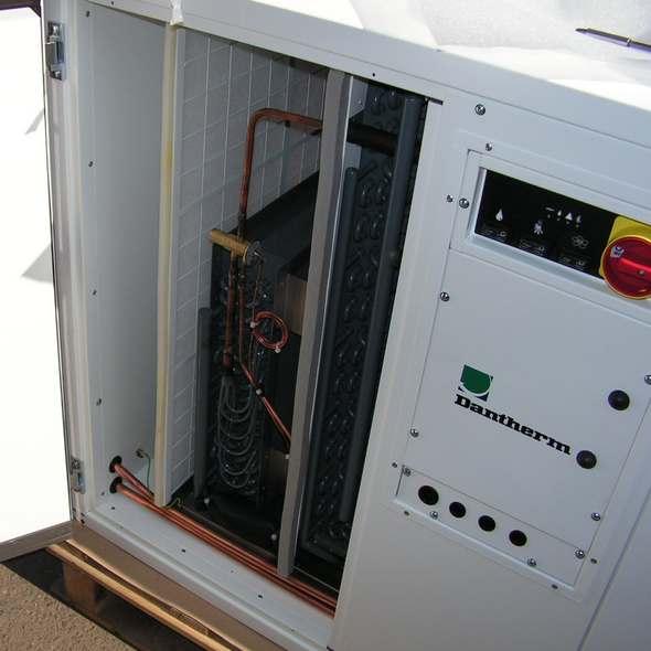 Купить осушитель воздуха для бассейнов dantherm cdp 125 за 811 590 руб. с доставкой по России любой ТК.