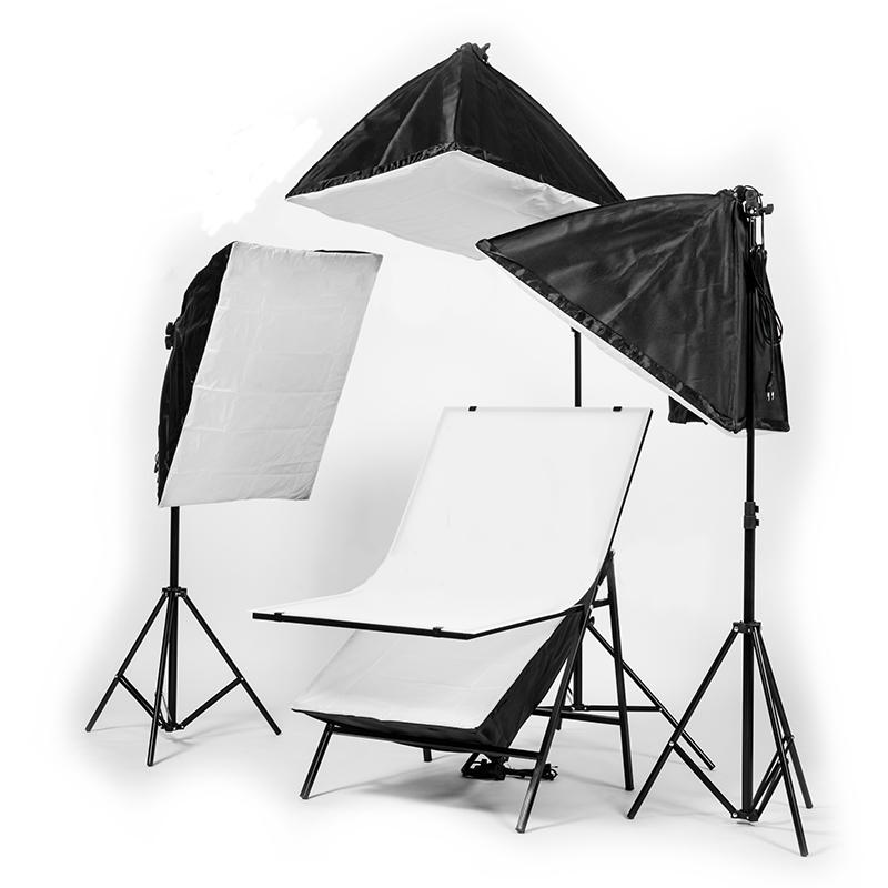 Комплект постоянного света FST 006, люминесцентный, 4х150 Вт, 5500К — купить с бесплатной доставкой в каталоге с ценами интернет-магазина Яркий фотомаркет